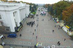 Протесты под Радой: соратник Януковича признался в финансировании палаточного городка