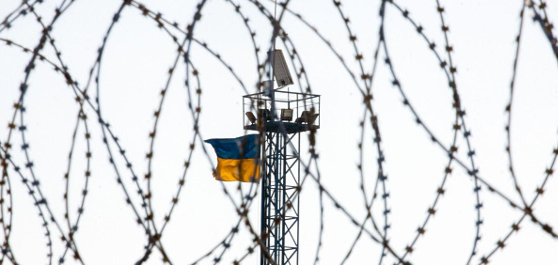 Украинцы в оккупации сорвали флаг 'ЛНР': появилось видео