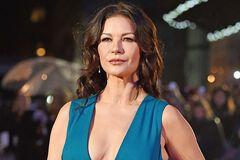 Переборщила с пластикой: голливудская знаменитость шокировала 'новым' лицом