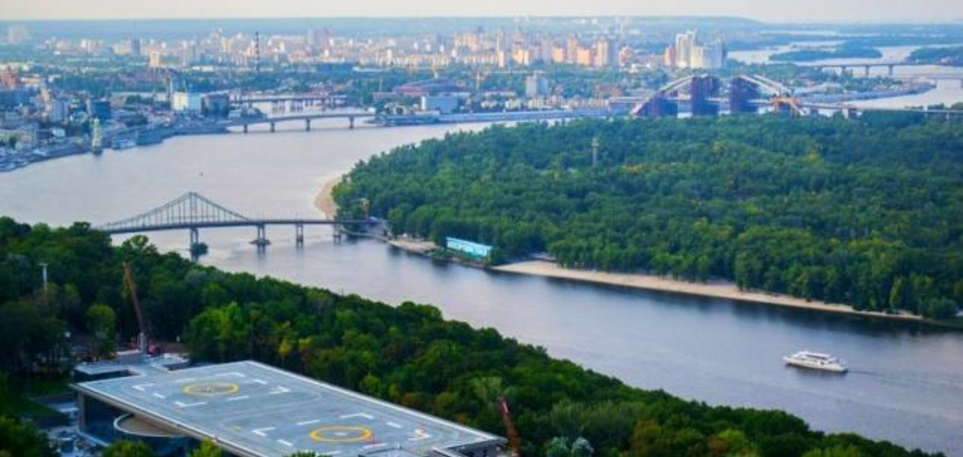Захват вертолетной площадки Януковича: прокуратура приняла важное решение