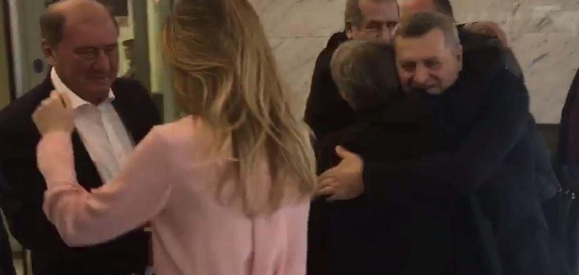 Чийгоз і Умеров на свободі: з'явилося відео повернення в'язнів Кремля