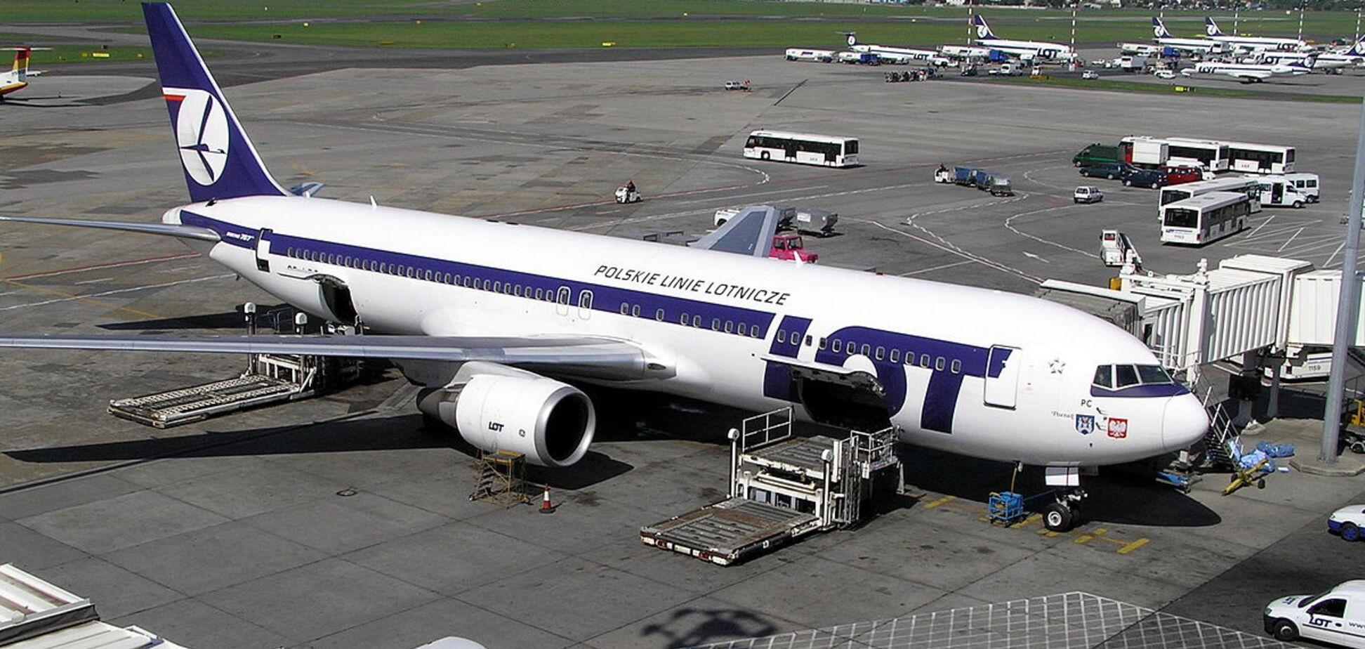 Відома європейська авіакомпанія має намір відкрити нові рейси в Україну: названі напрямки