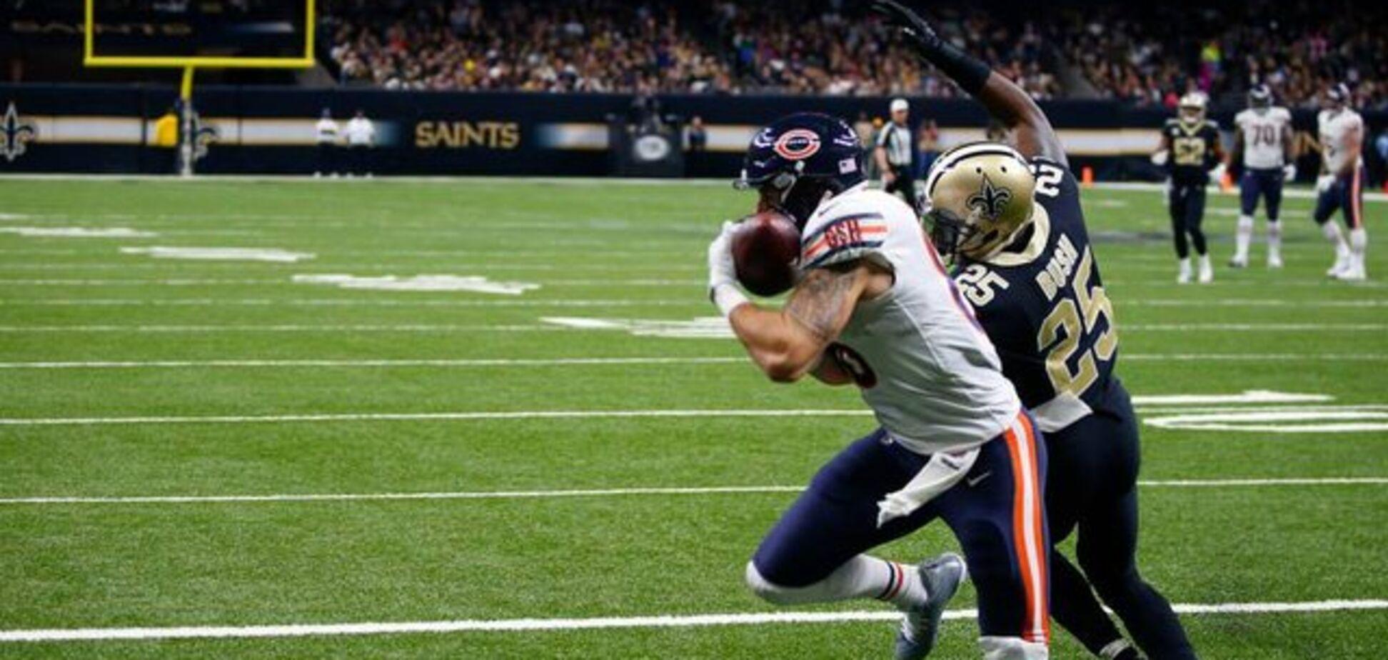 Американський футболіст невдало стрибнув, порвавши артерію і вивихнувши коліно: моторошне відео