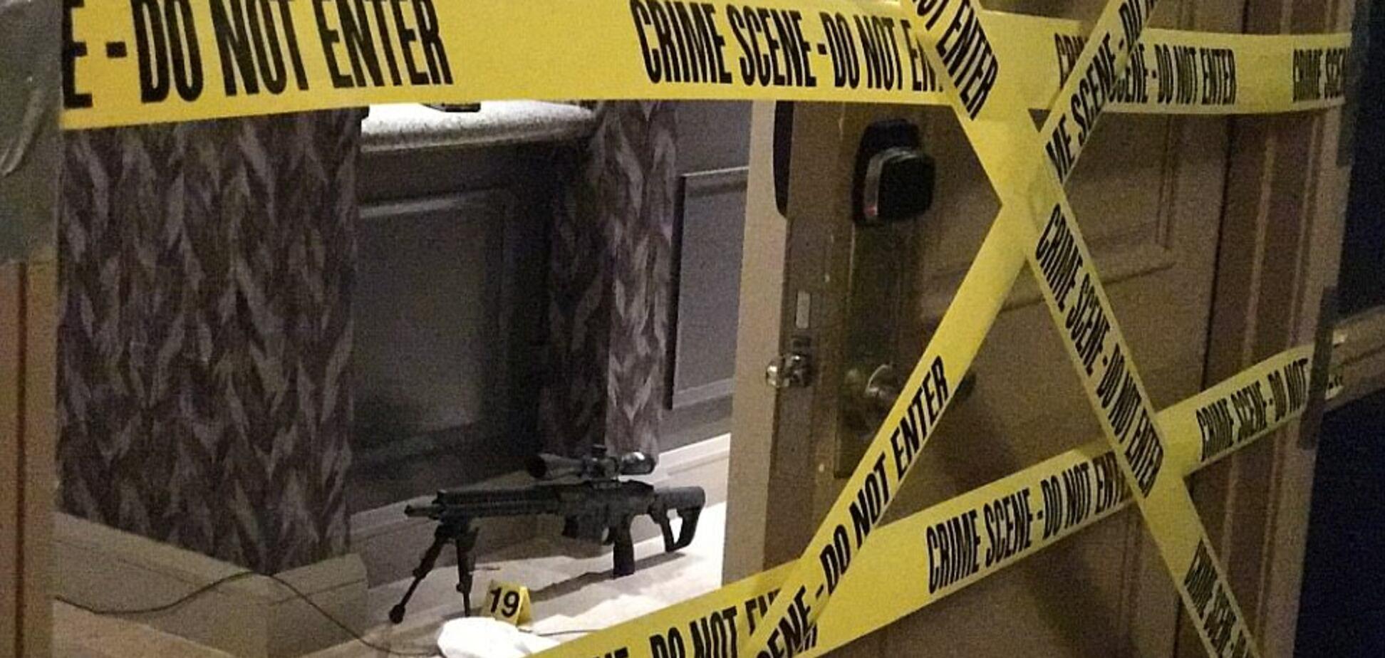Масове вбивство в Лас-Вегасі: у мережу витекли фото з номера стрілка