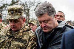 Після розмови з Порошенком Муженко заявив про можливість своєї відставки
