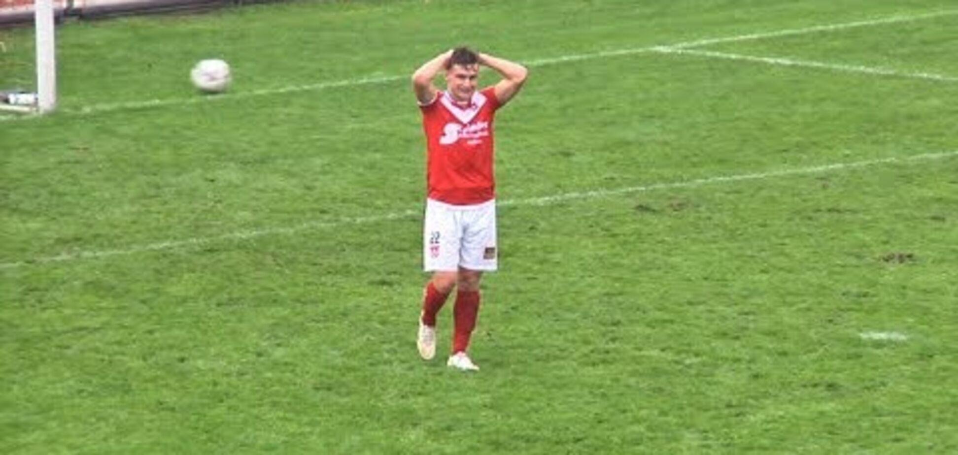 Голландський футболіст прославився на весь світ, допустивши шалений промах: відео курйозу