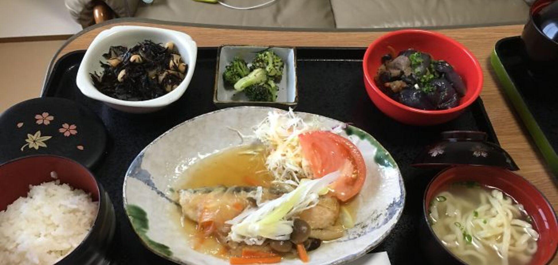Сім страв за раз: іноземка показала, як годують у пологових будинках Токіо