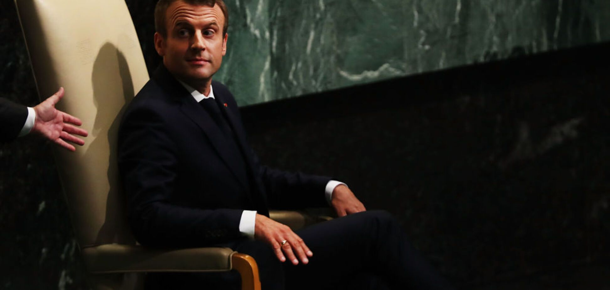 Політична гра Росії на полях Франції