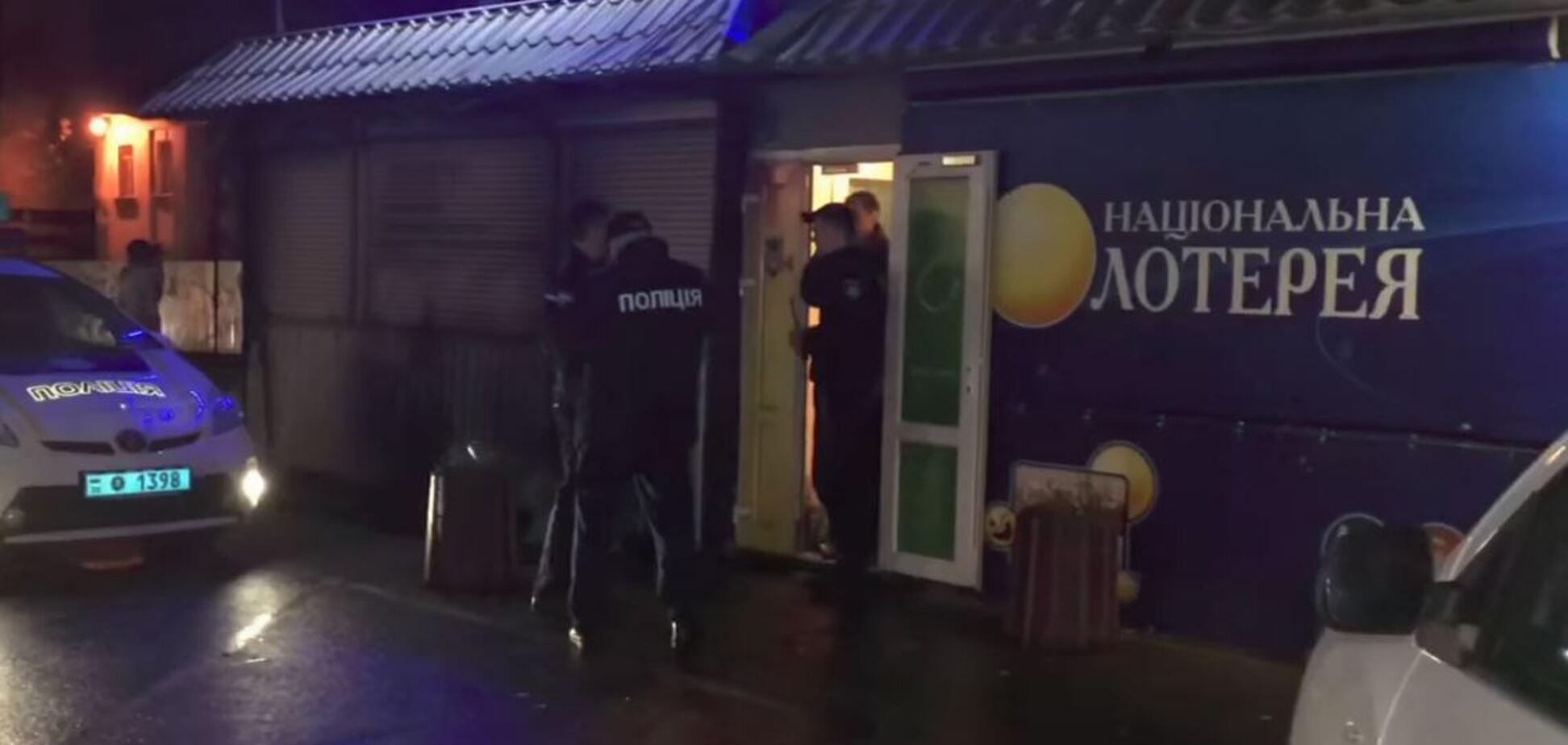 Ударили в живот: в Киеве случилась поножовщина со смертельным исходом. Опубликовано видео