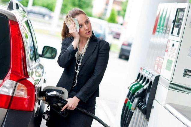 Учитывая импортозависимость: появился прогноз по подорожанию бензина в Украине