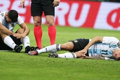 Нападаючий збірної Аргентини був терміново госпіталізований із матчу в Росії