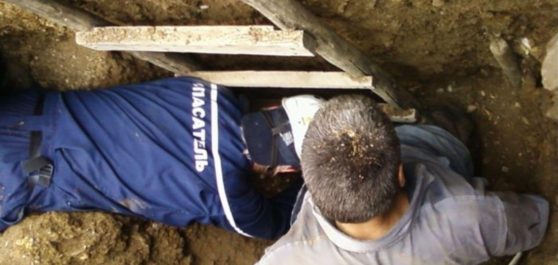 В Запорожской области во время раскопок мужчину завалило землёй