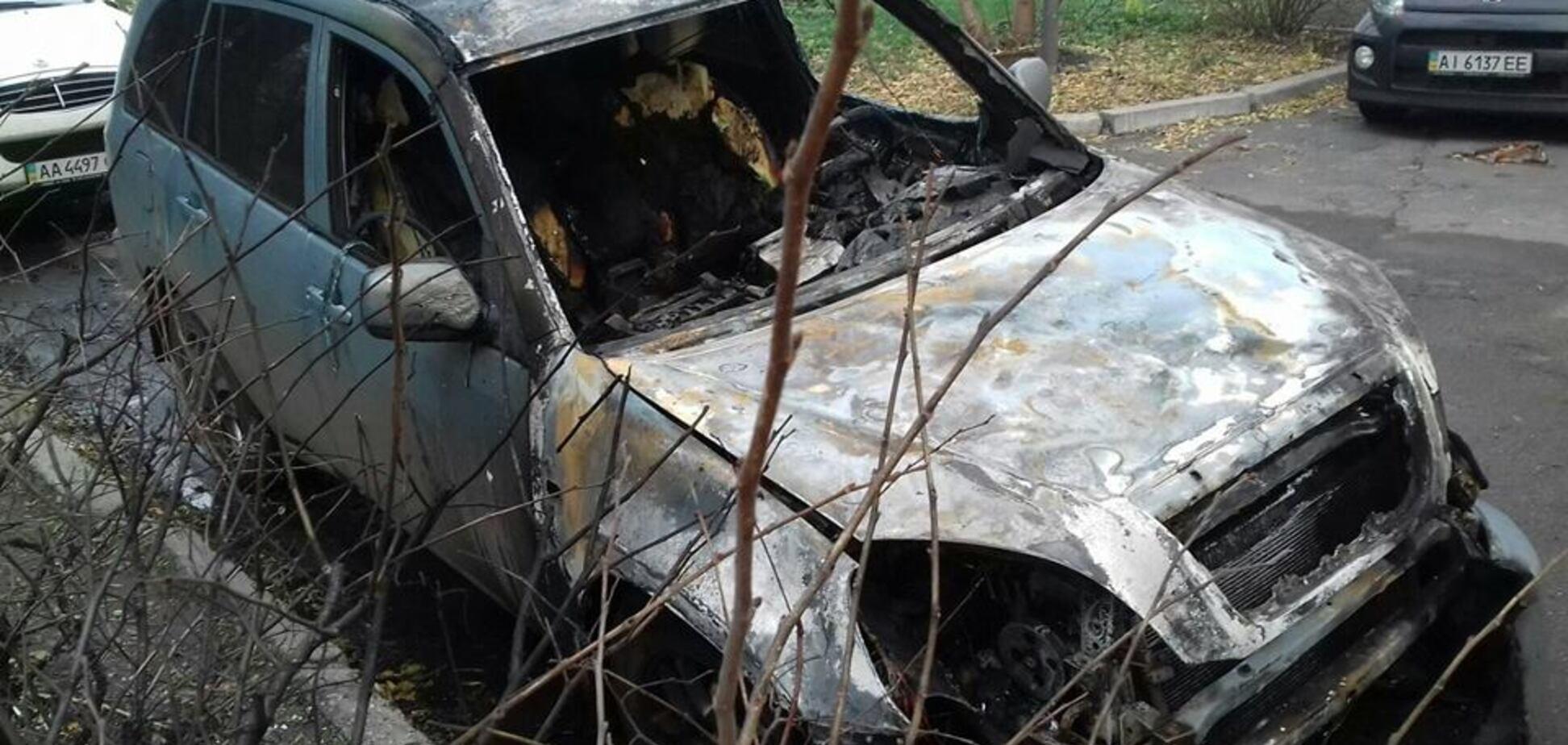 Спалили авто, Київ