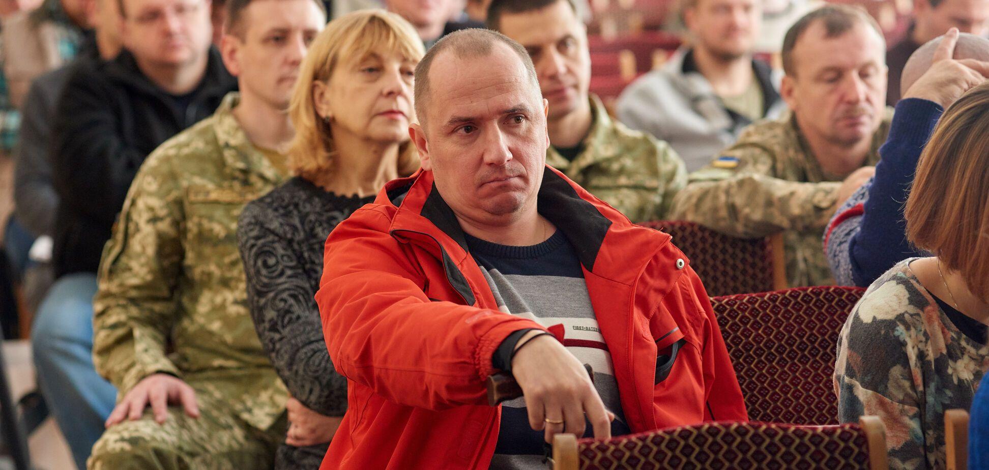 'С чистого листа': как украинским ветеранам АТО помогают вернуться к мирной жизни