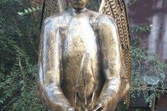 Медведь с крыльями: в РФ сделали угарную 'голую' скульптуру Путина