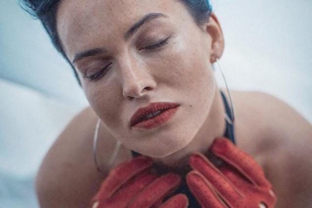 """""""Просто яд"""": Астафьева порадовала поклонников продолжением эротической фотосессии"""