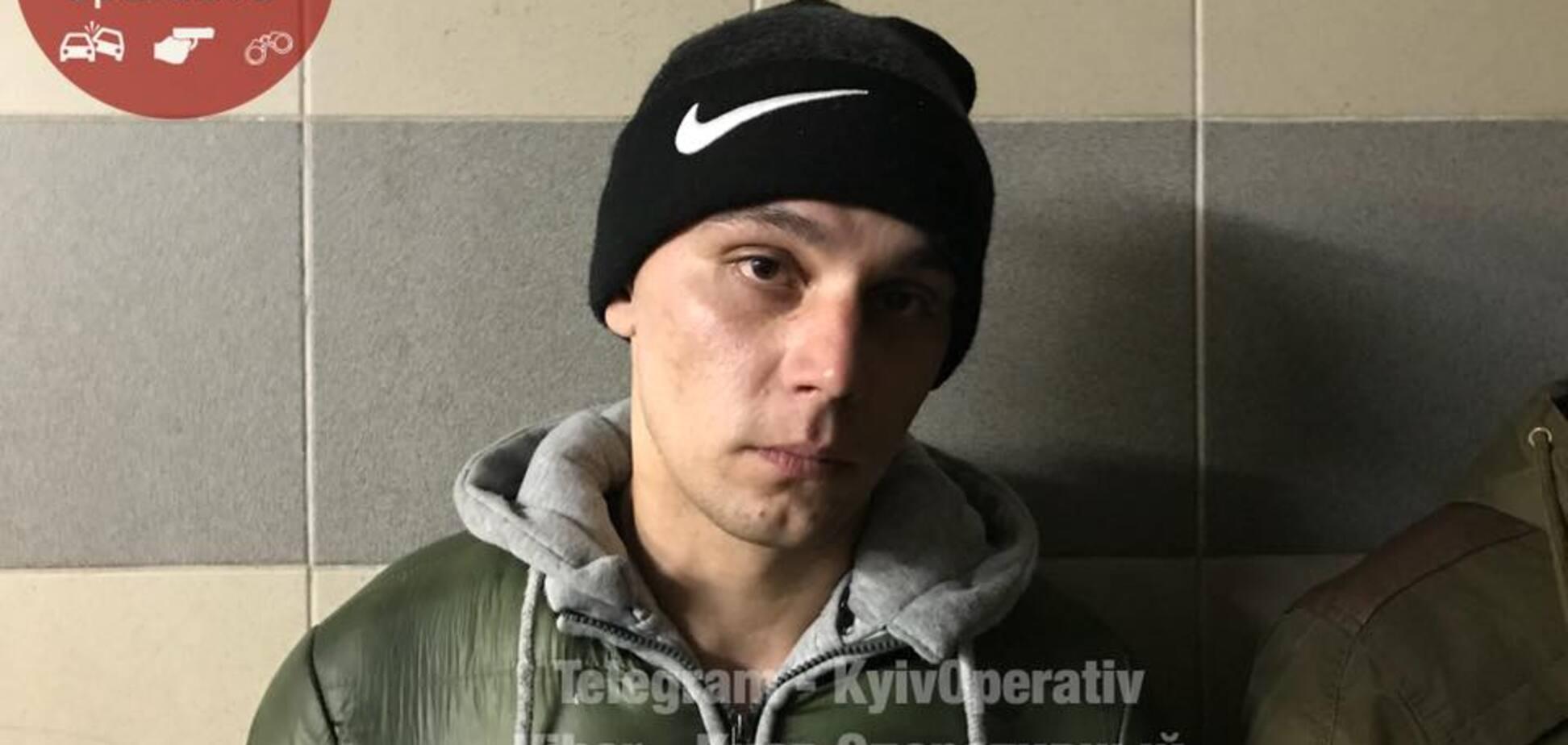 Решили 'подзаработать': в Киеве солдаты ВСУ попались на грабеже. Фото и видео