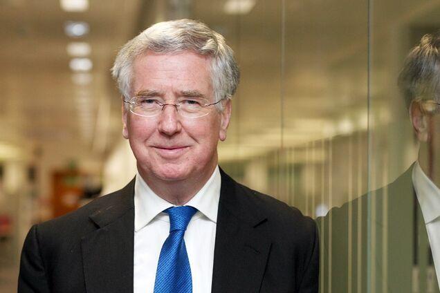 112.ua Британский министр обороны подал в отставку из-за секс-скандала cc4afbb7d4614
