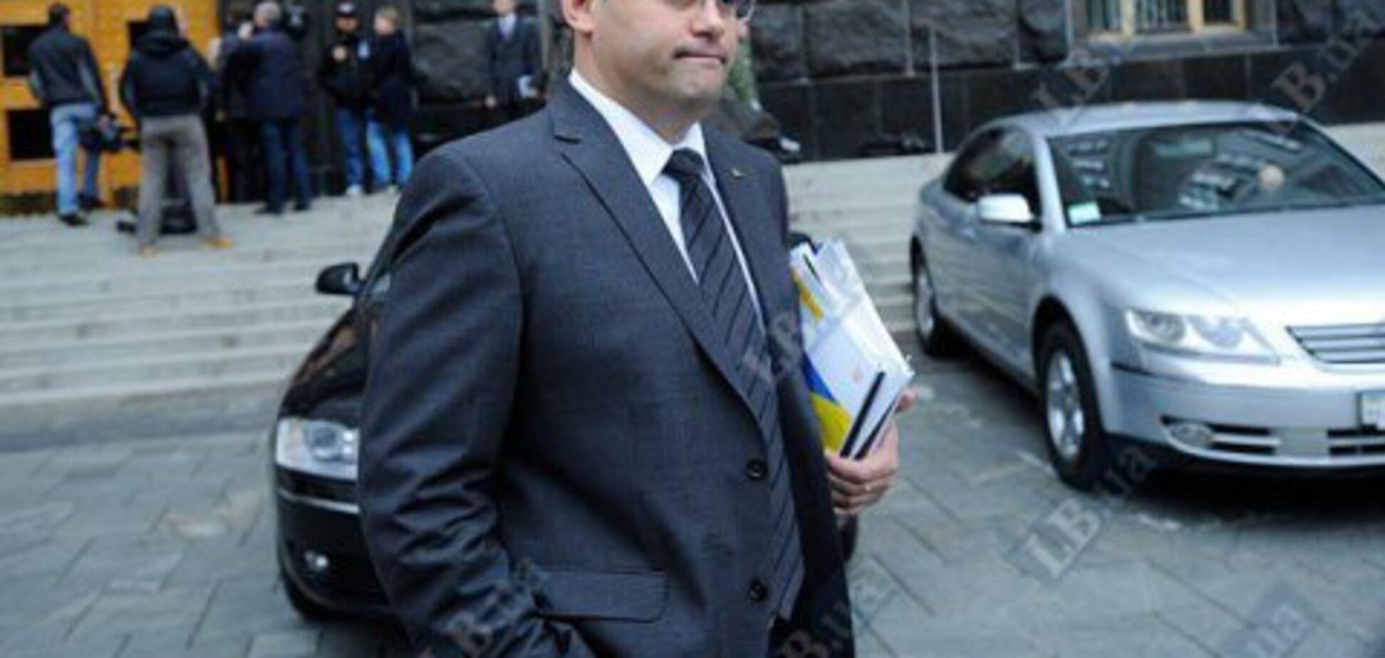 Оплата багатомільйонного збитку за Каськіва: стали відомі деталі договору