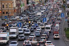 Киев, движение транспорта, День Свободы и Достоинства