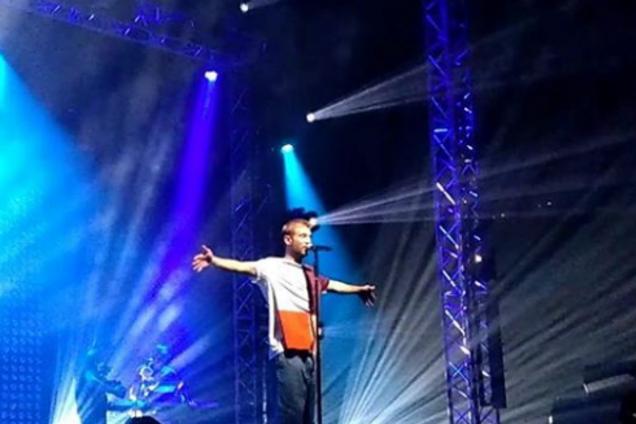 Голый украинский артист произвел фурор выступлением в Москве