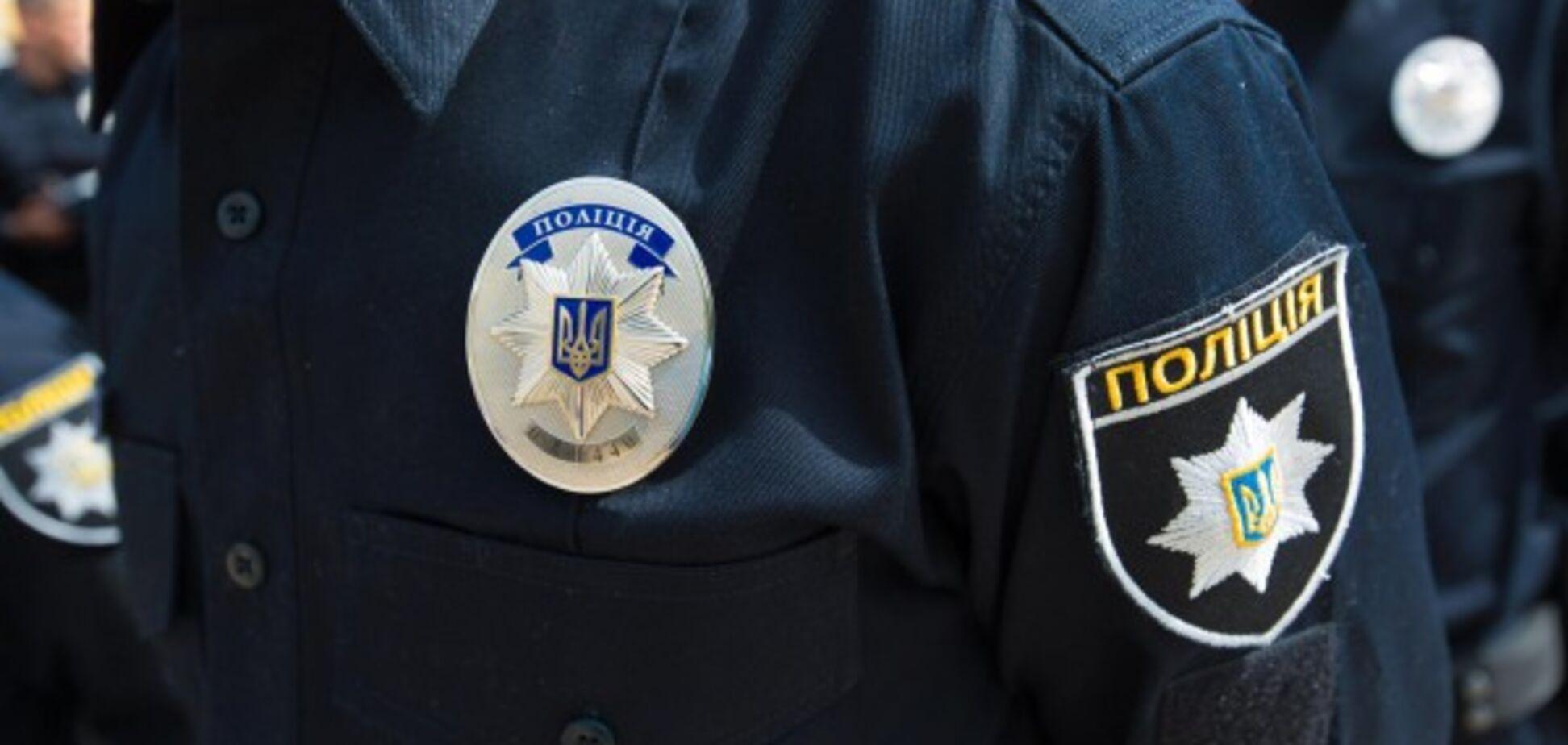 В Харькове взорвали машину с полицейским за рулем