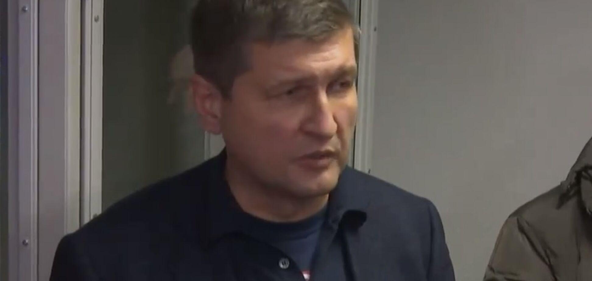 'Только мат': Попов пообещал подготовить сына к отбыванию наказания