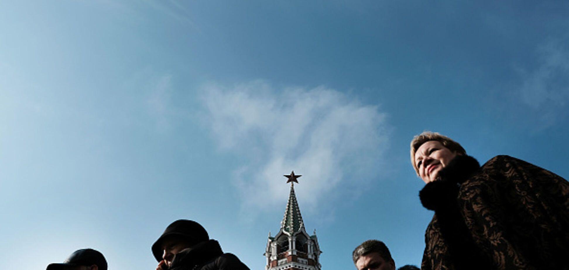 'Оголтелая русофобия и нечистоплотные приемы': Россия попала под новые санкции Запада