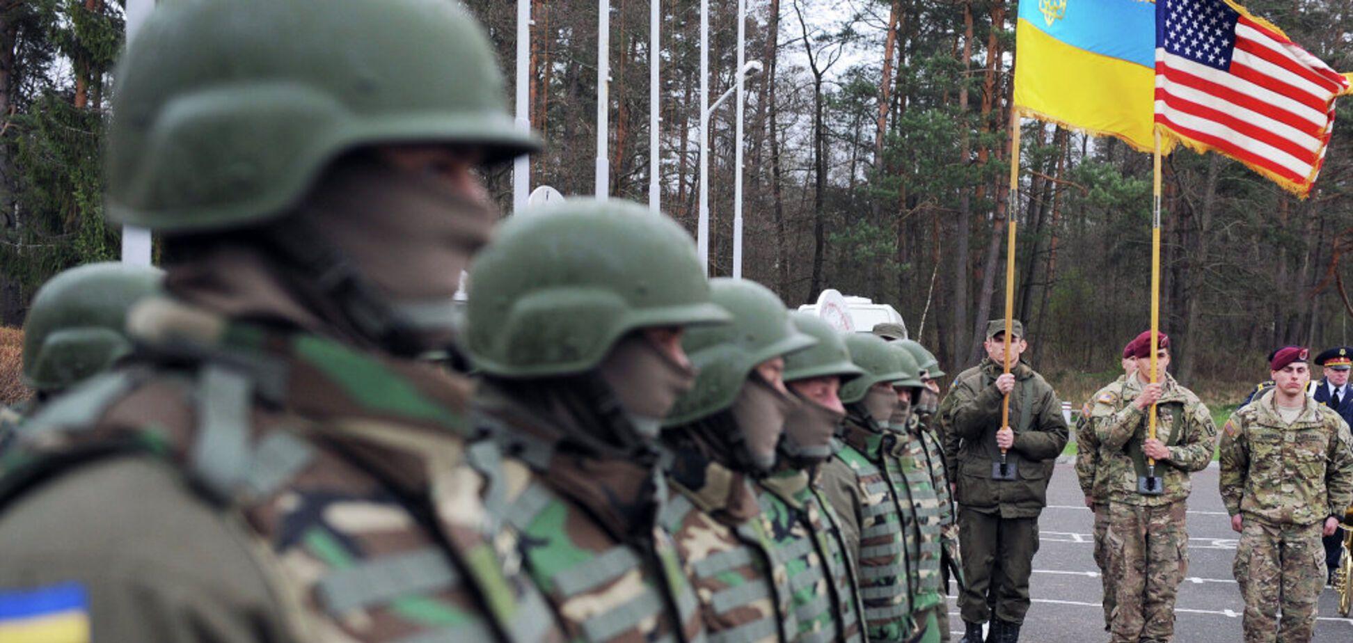 Военная помощь США Украине