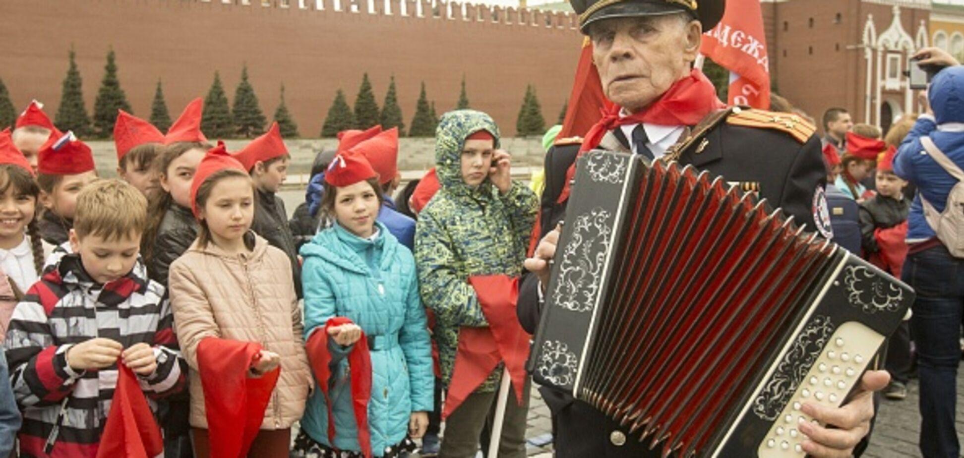 Бедные дети: сеть шокировало видео с телеканала 'ДНР'
