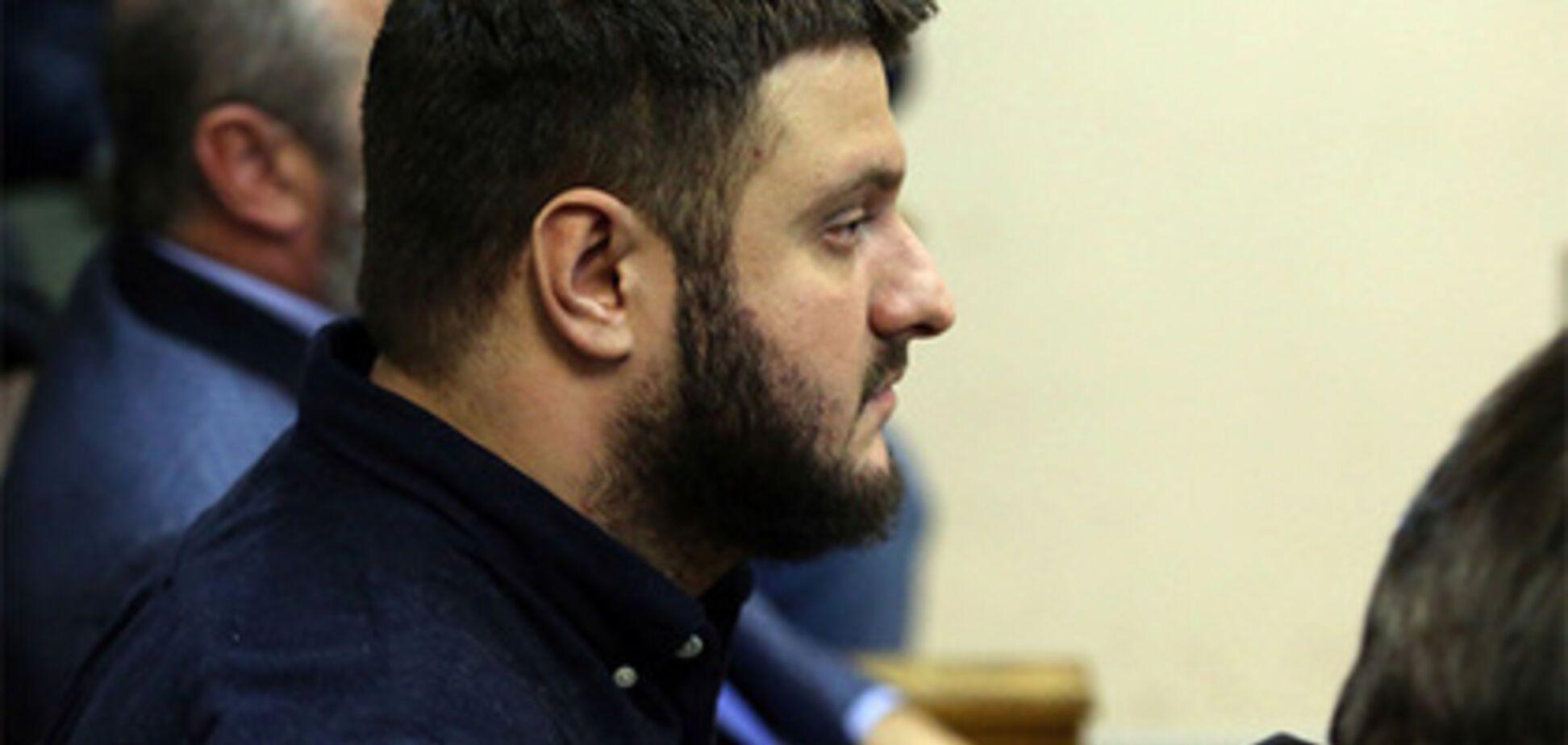 Инкрустированное: во время обысков у сына Авакова нашли экзотическое оружие