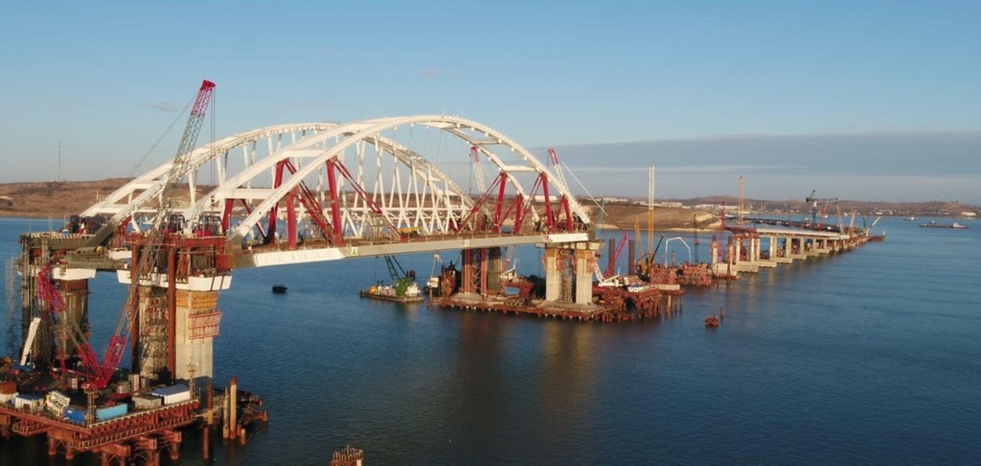 'Русские с нас смеются': Кива жестко высказался по строительству Керченского моста
