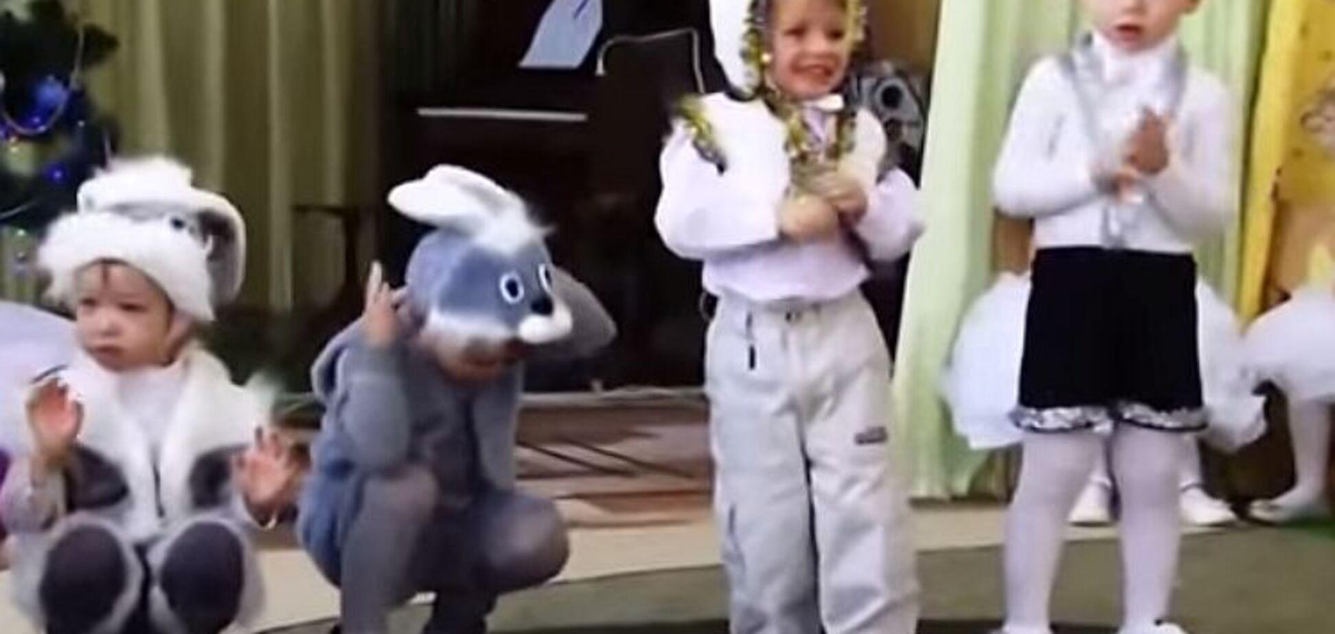 Зайки, мишки и снеговики: опубликованы забавные моменты с детских утренников
