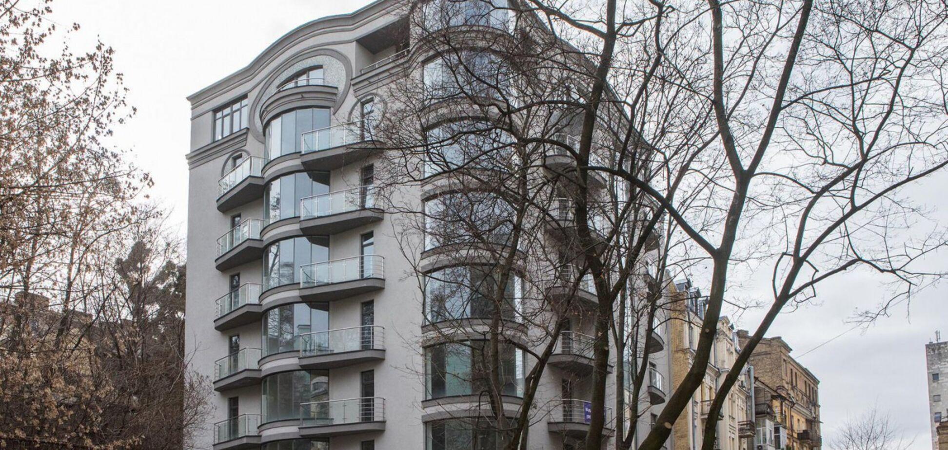 Лещенко показав свою квартиру через рік після скандалу. Опубліковано відео