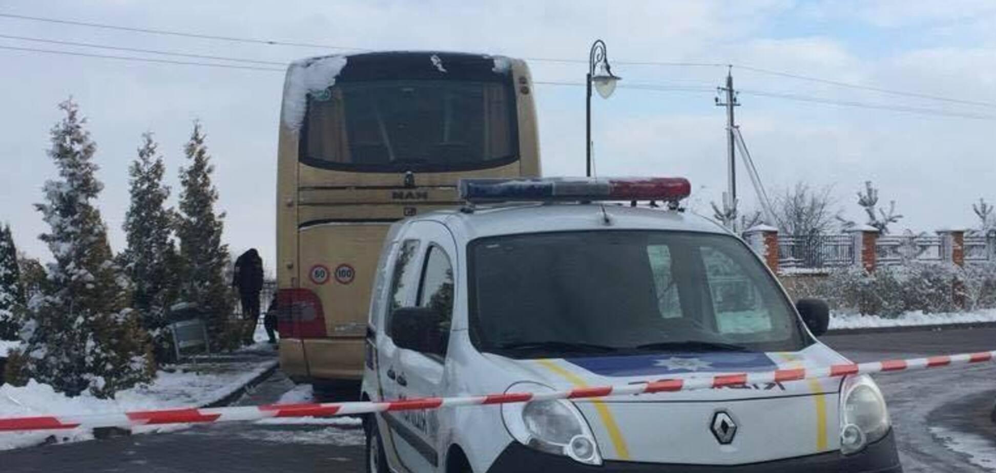 Під Львовом підірвали автобус польських туристів: з'явилася реакція Варшави