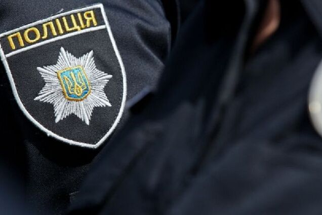 Унизительный инцидент с копами во Львове: всплыли шокирующие детали