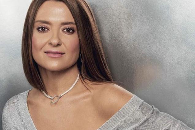 """""""Вышла бы голая"""": украинская звезда взбудоражила сеть странным нарядом"""