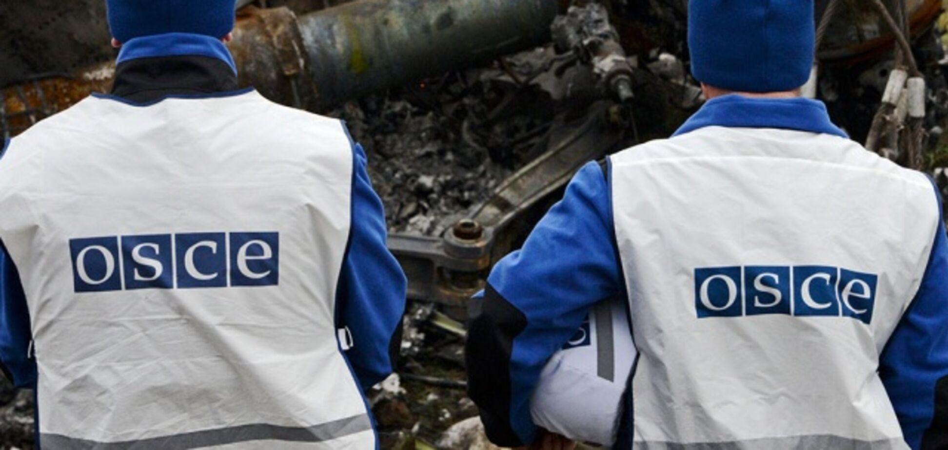 На Донбассе произошел возмутительный инцидент с наблюдателями ОБСЕ и террористами