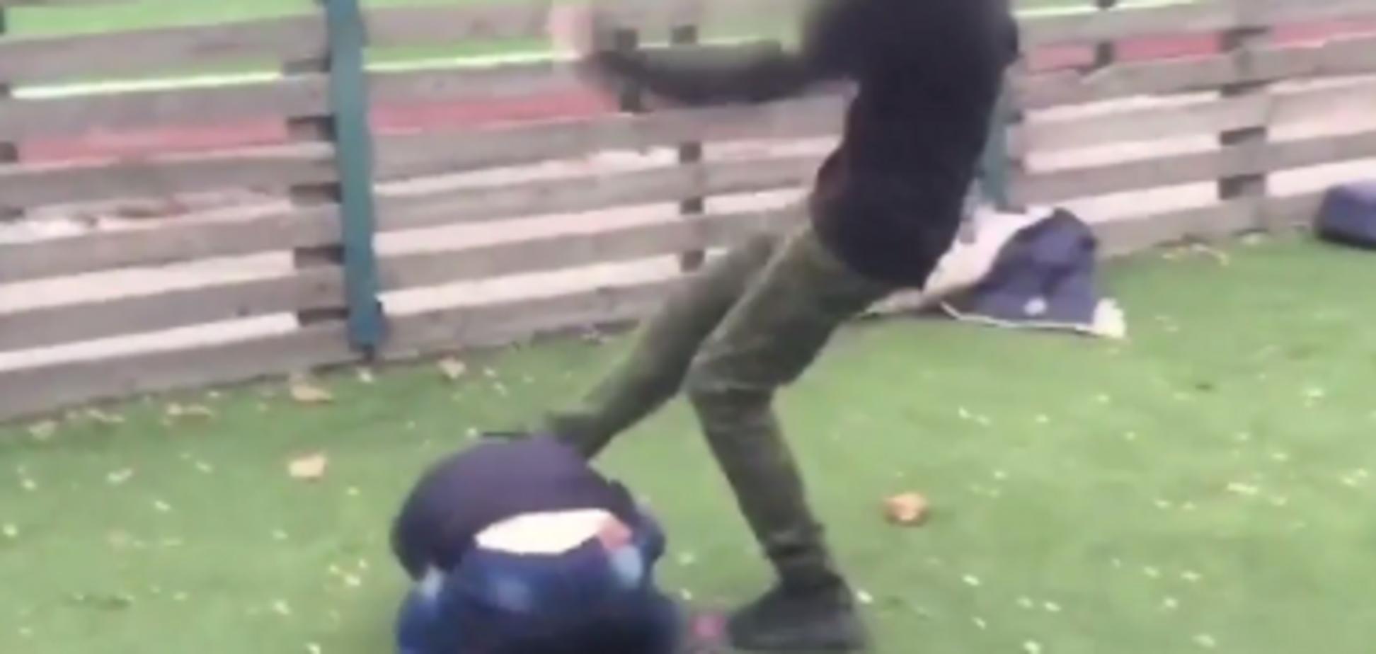 бійка школярів