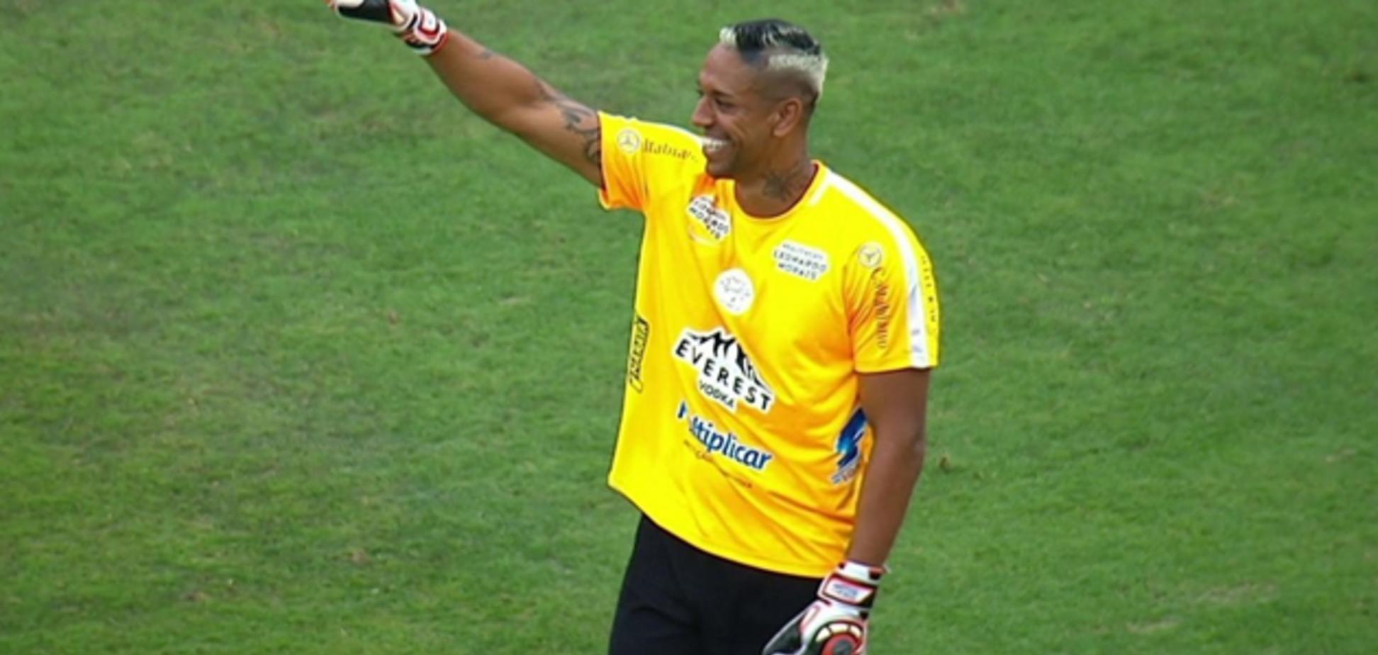 Бразильский вратарь совершил роскошный сейв, повторив магический 'удар скорпиона': опубликовано видео