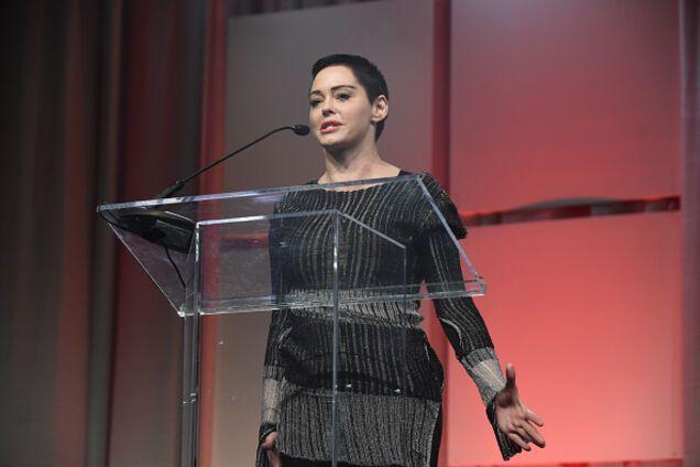 Актриса, чьи голые фото слили в сеть, получила важное звание