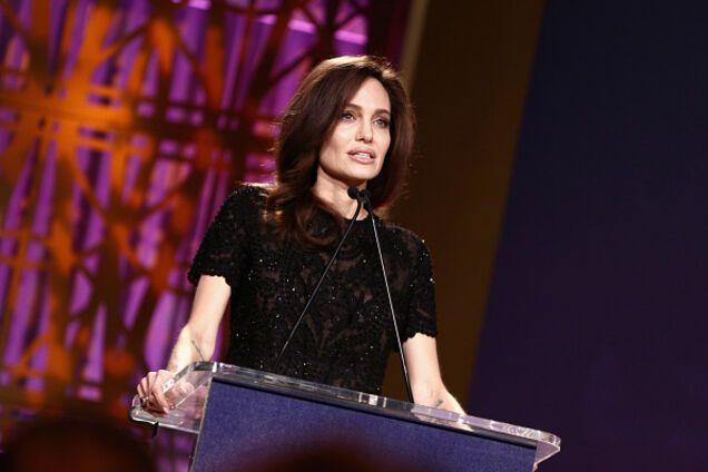 """""""Жизненно важный вопрос мира"""": Джоли публично поддержала Украину"""
