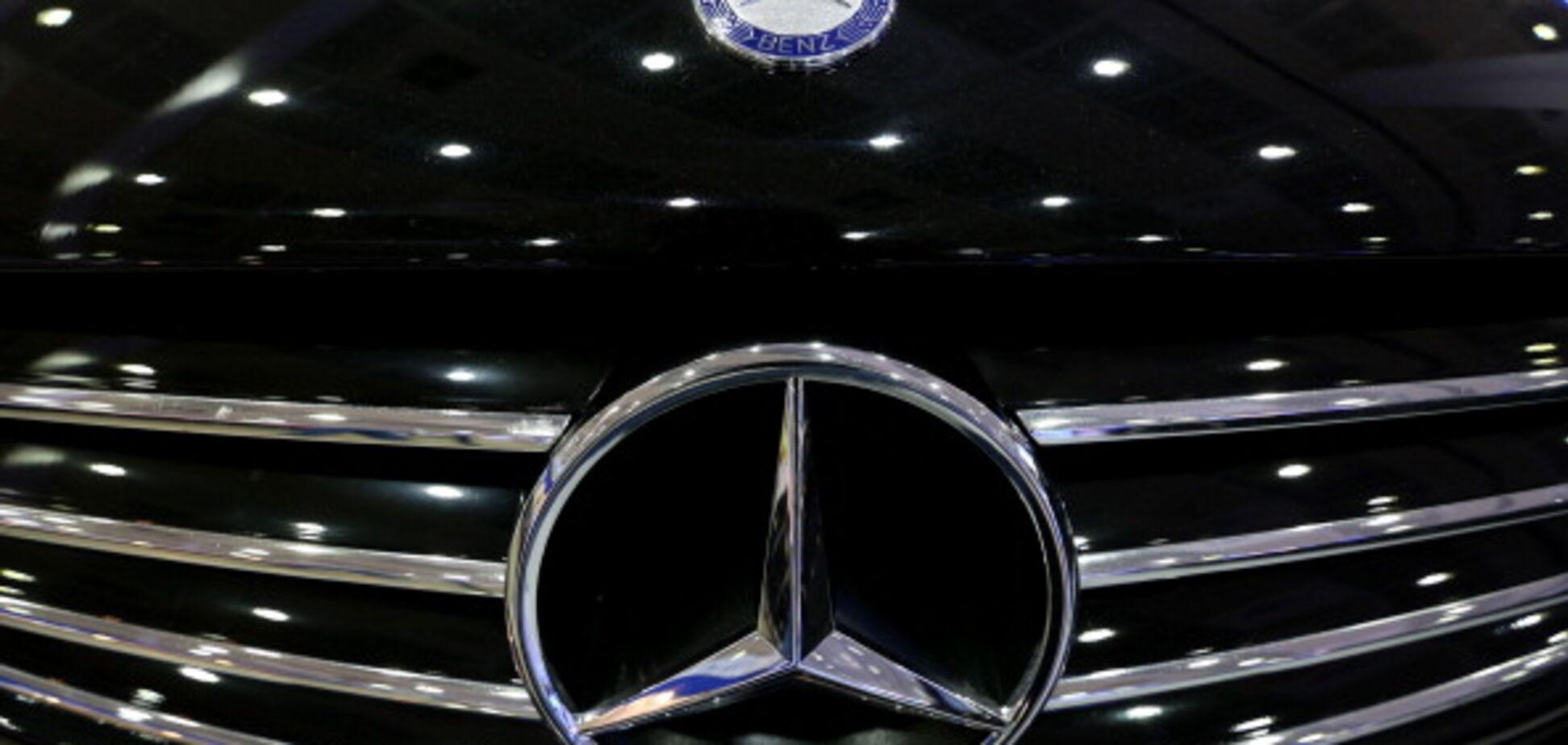 Украинцы собрали с Mercedes и 'Победы' удивительный хот-род. Опубликованы фото