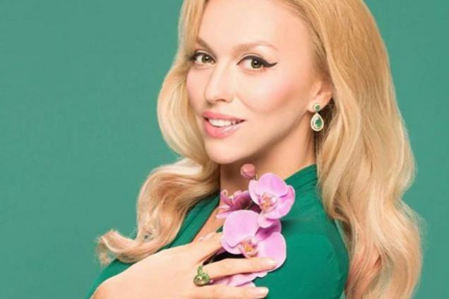 Мальвина: известная певица удивила фанатов новым образом
