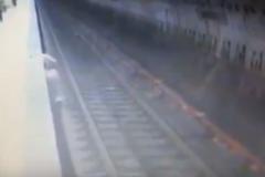 Беременную бросили прямо под поезд: камера сняла страшную смерть в метро