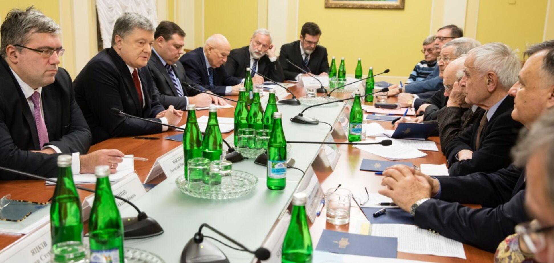 Україна готова: Порошенко виступив з тривожною заявою про війну