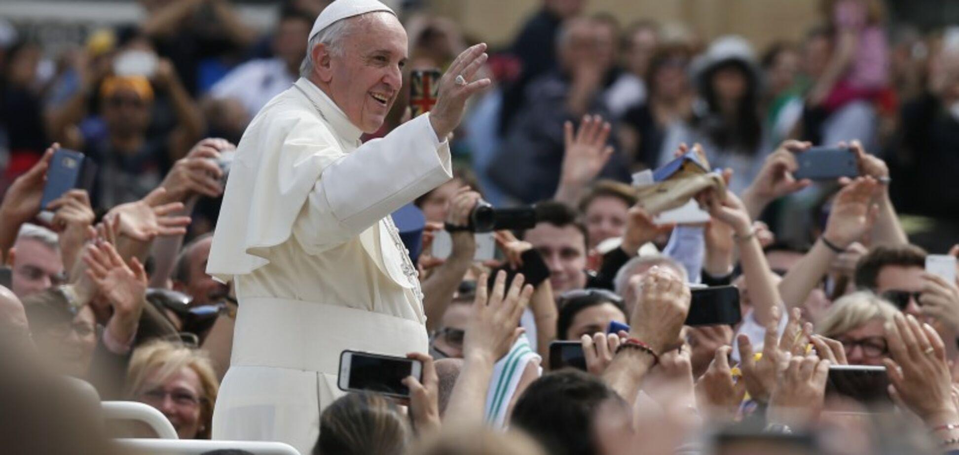 Миллионы для Украины: озвучена невероятная сумма помощи от Папы Франциска