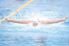 Український плавець завоював 'золото', обігнавши чемпіона світу