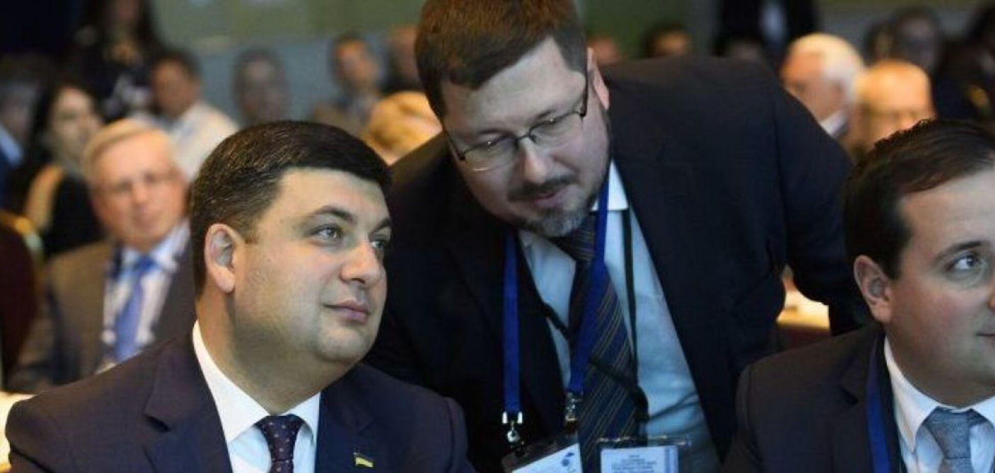 Шпионский скандал в Кабмине: Гройсман рассказал подробности о своем переводчике