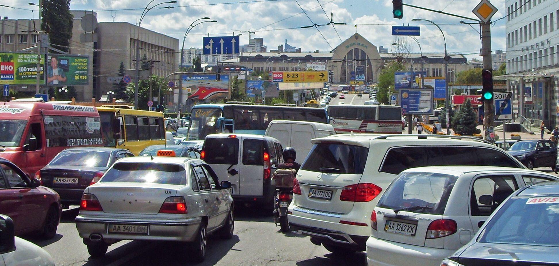 Стоп, автохамство: як в Україні вирішили боротися з героями парковок